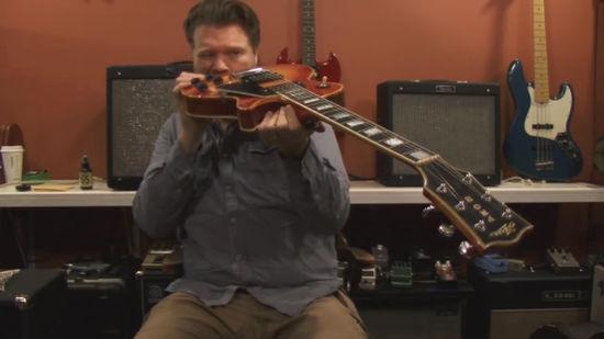 Как поднять гриф на гитаре